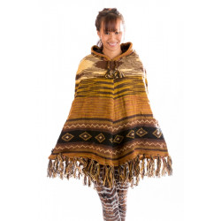 brown-poncho-wool-knitted-peru-longhood-design-moskitoo-india-kult