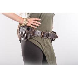 Leaf Leather Hip Bag