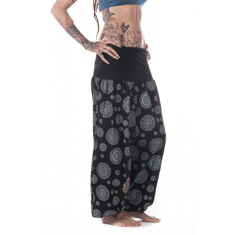 mandala-yoga-pants-handprint-wide-black-moskitoo-india-kult