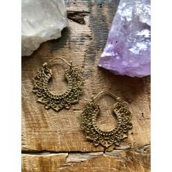 brass-glod-earring-earjewlery-mandala--lotus-moskitoo-india-kult