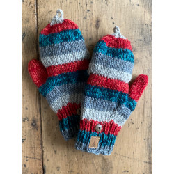wool-gloves-knitted--sheepwool-stripe-grey-blue-red-unisex-gloves-no-finger-cap-moskitoo-india-kult