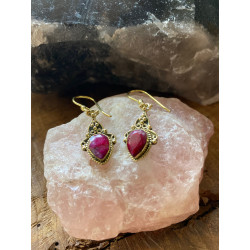 ruby-brass-gold-red-pink-earrings-moskitoo-india-kult-online-shop-switzerland