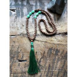 mala-prayer-beads-108-beads-agat-green-rudaraksh-buddhism-yoga-pray-moskitoo-india-kult-switzerland