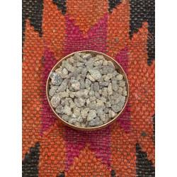 frankinscense-natural-incense-rocks-resin-south-india-karnataka-claening-calming-energy-moskitoo-india-kult