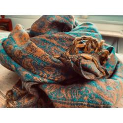 paisley-blanket-shawl-teal-rust-moskitoo-india-kult