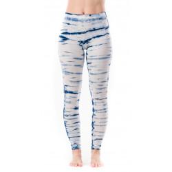 yoga-batik-tie_dye-leggings-moskitoo-hypnosis-leggings-love-affair-white-indigo-moskitoo-india-kult-switzerland