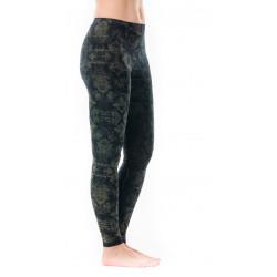 leggings-silence-sphere-mignight-green-yoga-pants-natural-fiber-moskitoo-india-kult-fair-fashion-rorschach-schweiz