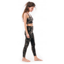 leggings-top-silence-sphere-black-moon-yoga-pants-natural-fiber-moskitoo-india-kult-fair-fashion-rorschach-schweiz