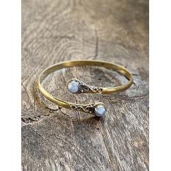 brass-bangle-moonstone-indian-jewelry-gold-moskitoo-india-kult-rorschach-switzerland